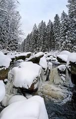 Fototapeta Rzeki i Jeziora mountain river in winter