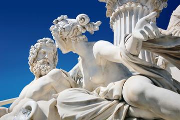 Detalj atenske fontane ispred austrijskog parlamenta