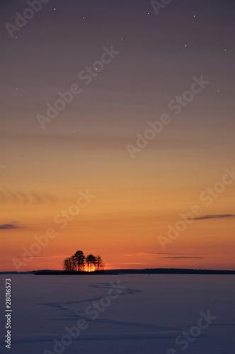 Poster Mer coucher du soleil Stars over the frozen lake