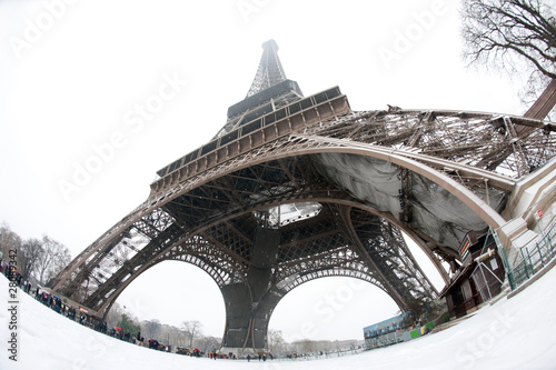 Photo  Tour Eiffel sous la neige - Paris