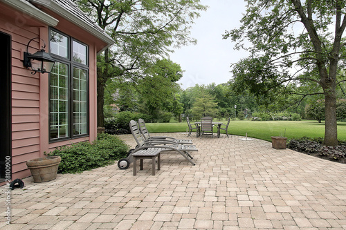 Papel de parede Brick patio with furniture