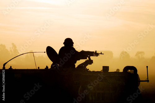 Fotografía  Silhouette Army Soldier Sunset