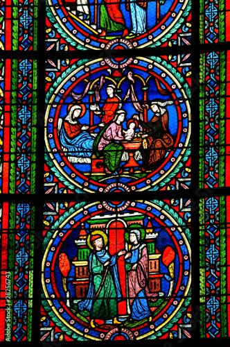 In de dag Stained France, vitraux de la collégiale de Poissy