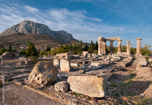 Fotobehang Athene Ruins of Temple of Apollo, Ancient Corinth, Greece