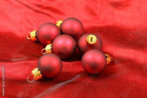 Christmas red balls - 28374937