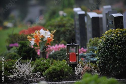 Foto op Canvas Begraafplaats Gräber auf dem Friedhof