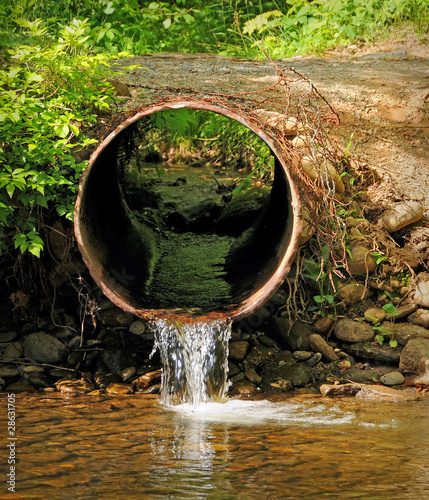 Creek Flowing into River Canvas-taulu