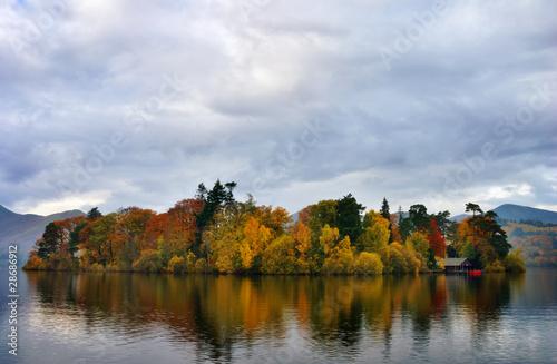 Fotografie, Obraz Autumn colours at Derwentwater