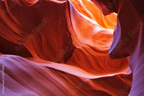 La pose en embrasure Rouge mauve Scenic canyon Antelope