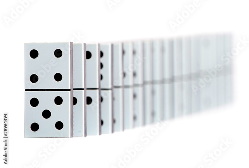 Poster Voies ferrées Domino pieces in a line on white background