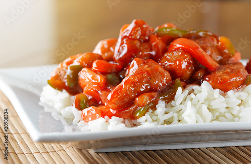 Photo  sweet and sour pork on rice