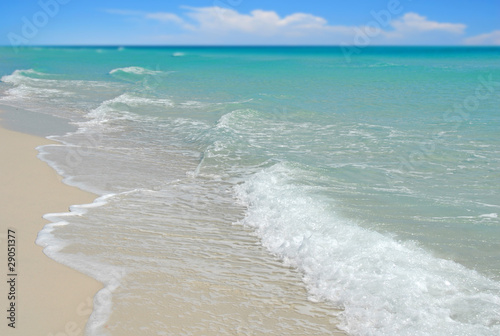 Beautiful ocean with clear water Wallpaper Mural
