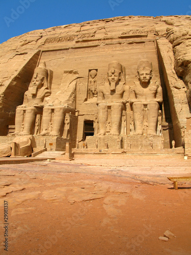 Tuinposter Egypte The magnificent Temple of Pharaoh Ramses II in Abu Simbel, Egypt