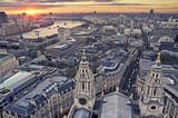 Wschód słońca w Londynie