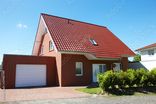 Neues Haus Mit Garage Buy This Stock Photo And Explore Similar