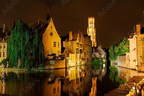 Photo Stands Bridges Brugge at Night