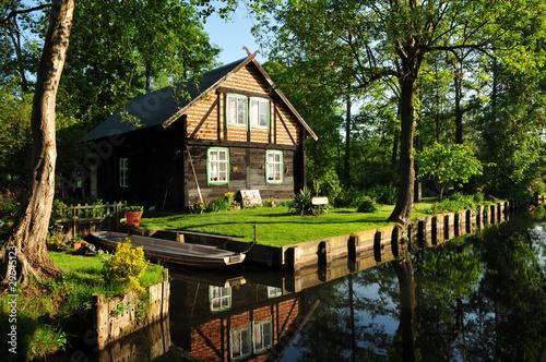 Haus im Spreewald Fototapete