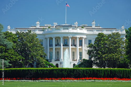Fotografie, Obraz The White House in Washington DC with beautiful blue sky