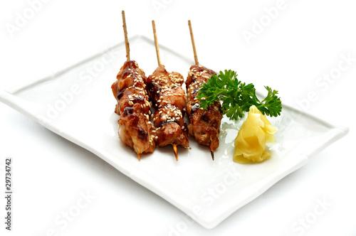 Fotografía  Delicious chicken satay on skewers. Yakitori