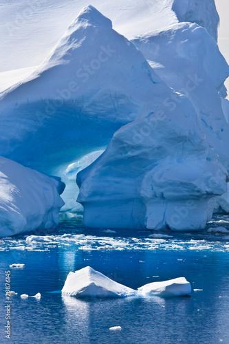 Printed kitchen splashbacks Glaciers Antarctic iceberg