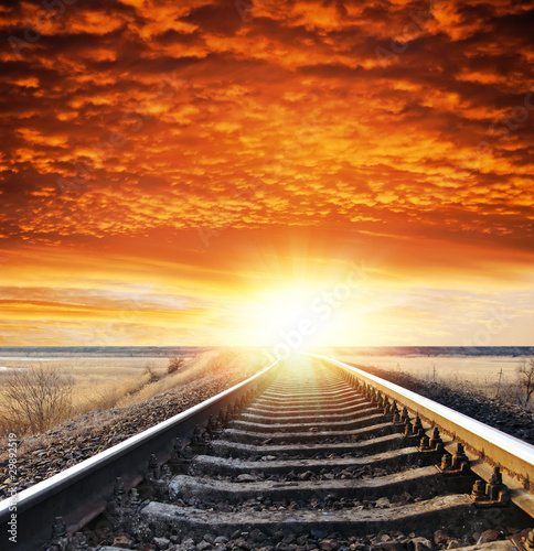 Fotografía  railway to sunset