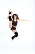 jeune danseuse saut grand ecart