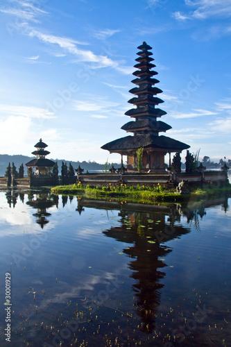 Foto op Plexiglas Indonesië Peaceful view of a Lake at Bali Indonesia