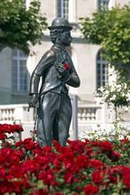 Schweiz: Charlie Chaplin Bronz...