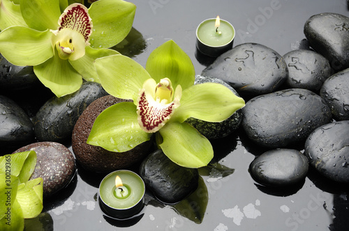 Foto auf Gartenposter Spa therapy stones and orchid flower with water drops