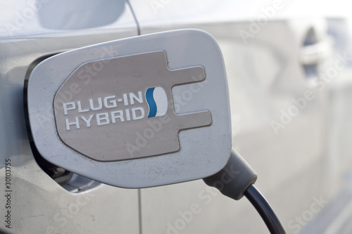 Foto E-Auto / Hybridauto beim Laden