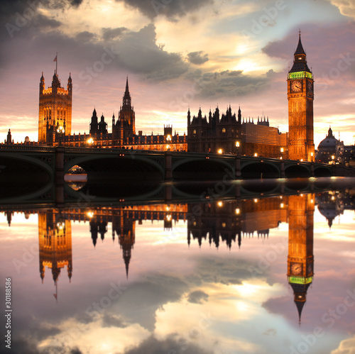 Fotobehang London Big Ben in the evening, London, UK