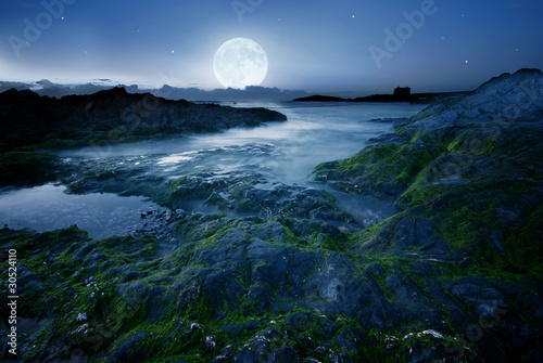 Poster Volle maan Full moon over the beach