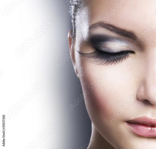 Poster - Beautiful Fashion Luxury Makeup