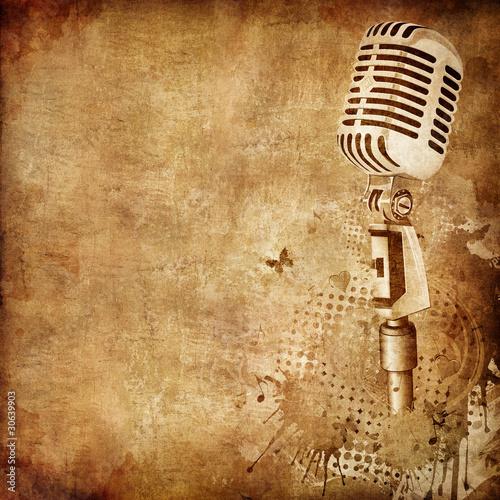 stare-tekstury-papieru-z-mikrofonem