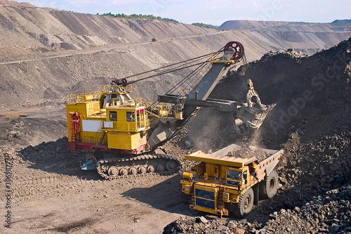 Fototapeta big yellow mining truck
