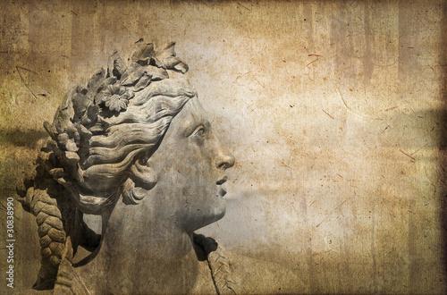 Statue à Versailles, style photo ancienne