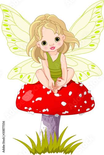 baby-fairy-on-the-mushroom