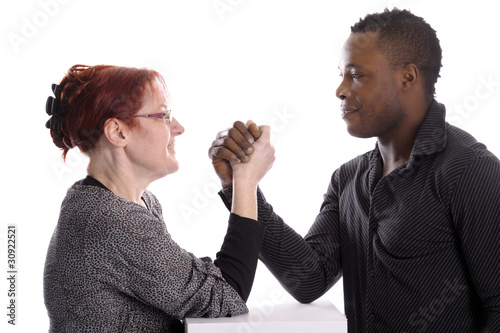 Reife weiße Frau, Flache Brust Hand gefickt