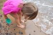 spielen am Wasser
