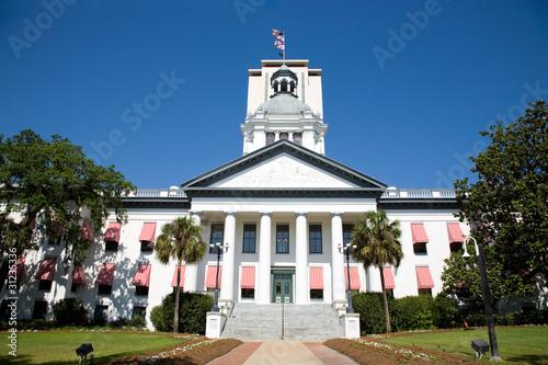 Historyczny budynek stolicy Tallahassee na Florydzie