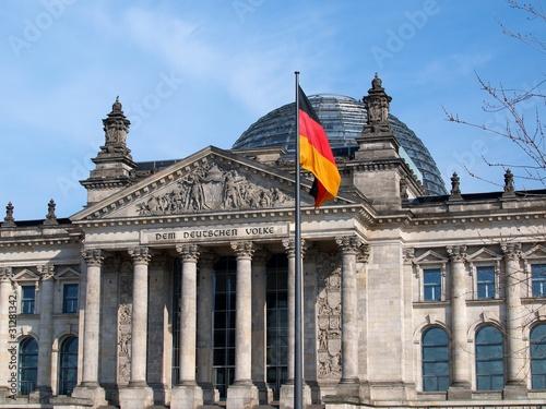 In de dag Berlijn Reichstag in Berlin