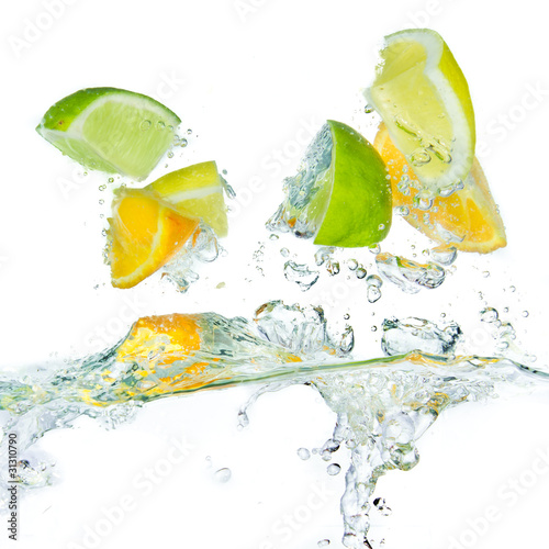 Spoed Foto op Canvas Opspattend water citrus fruit splashing