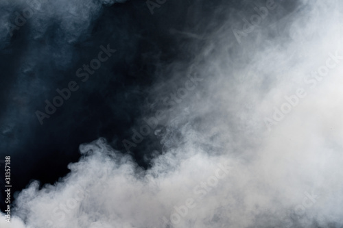 Foto op Plexiglas Rook White smoke on black background. Isolated.
