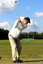 Golfspieler Auf Driving Range
