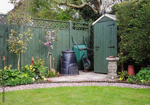 Fotografia Garden Shed in an English Garden with compost bin