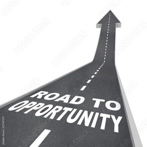 Fotografía  Road to Opportunity - Travel to Success and Growth