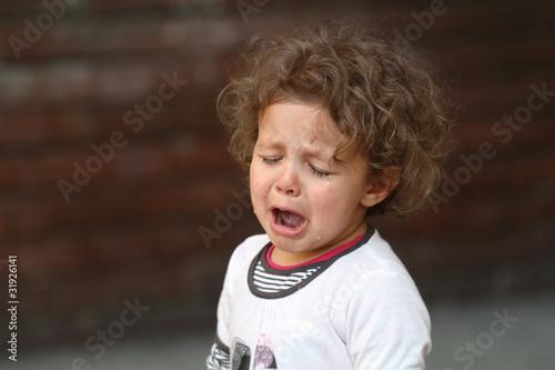 Valokuva  bambina che piange