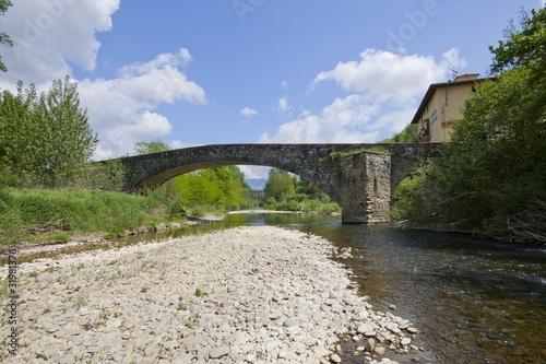 Photo sur Plexiglas Zen pierres a sable Ponte a Vicchio