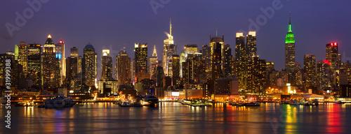 Miasto Nowy Jork środka miasta linii horyzontu panorama przy nocą, usa