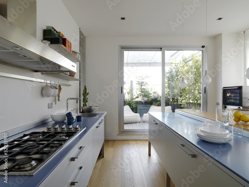 cucina moderna con vista sul terrazzo - Buy this stock photo ...